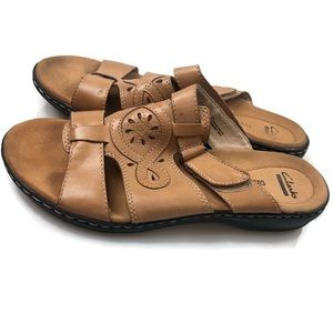 Clarks | Tan Leather Sandals Size 9.5 EUC